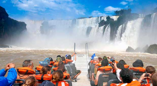 iguazu falls great adventure argentina travel agency