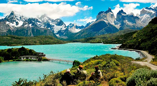 pehoe lake torres del paine travel agency patagonia