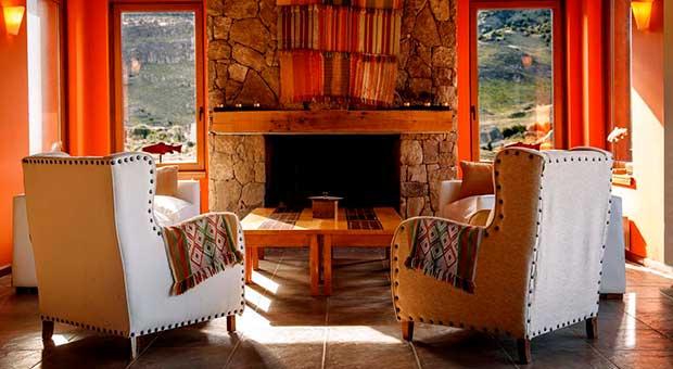 don los cerros boutique hotel lobby chalten patagonia argentina travel agency