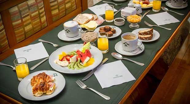 luxury-hotel-calafate-patagonia-argentina-travel-agent