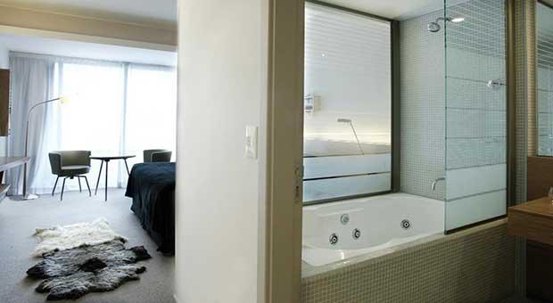 luxury-hotel-calafate-patagonia-argentina-travel