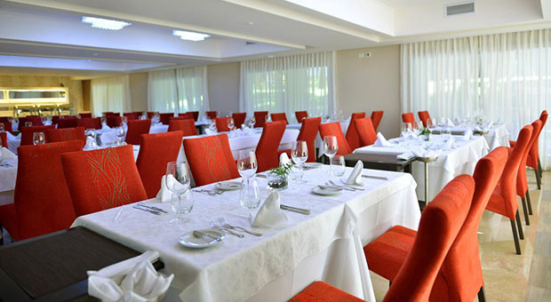luxury-hotel-iguazu-falls-argentina-travel-agent