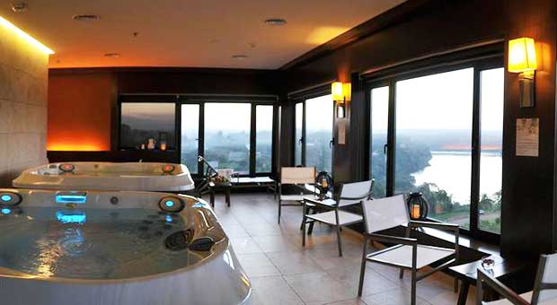 panoramic-luxury-hotel-iguazu-falls-argentina-travel-agent