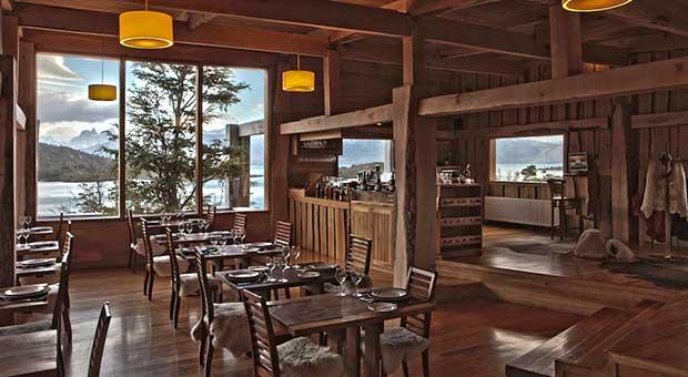 camp-hotel-torres-del-paine-patagonia-travel-agent