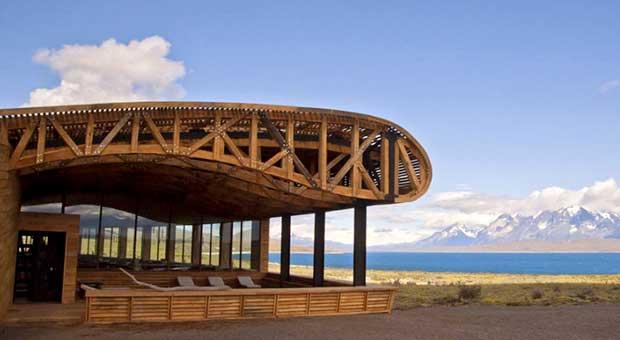luxury-hotel-torres-del-paine-patagonia-travel-agent