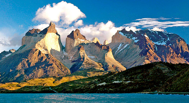 glamping and trek tour patagonia argentina travel agency
