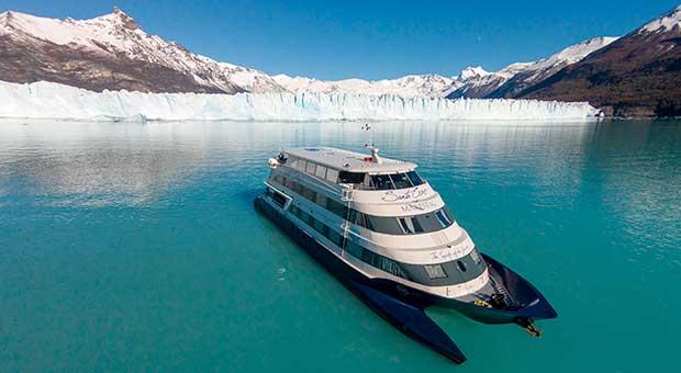 luxury cruise navigation patagonia glacier