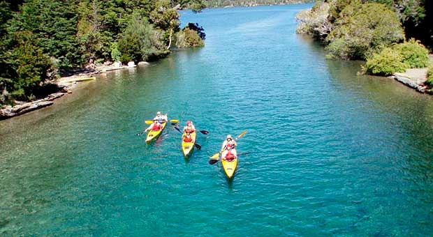 kayaking adventure bariloche patagonia argentina